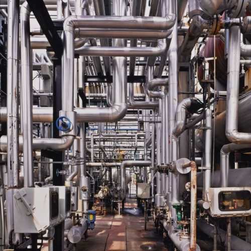 baf02331_edwardburtynsky_oil-refineries-23-oakvi