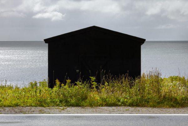 baf02426_nedpratt_black-shed_port-au-port