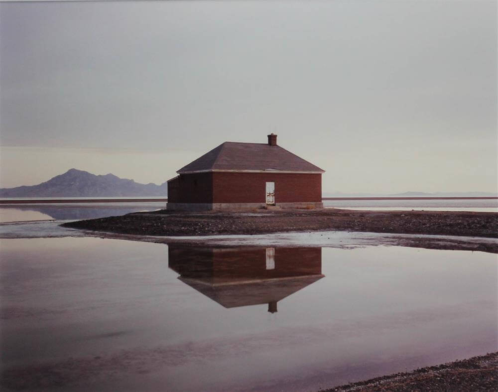 richardmisrach_brick-building-utah-1991