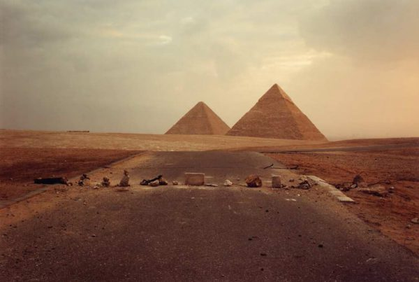 richardmisrach_road-blockade-and-pyramid