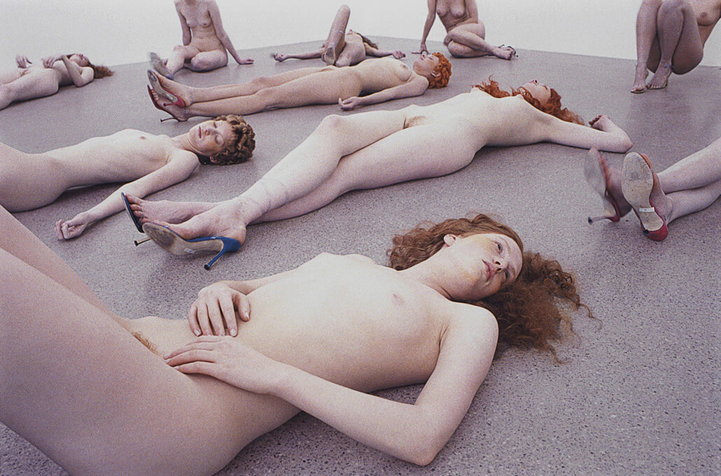 VanessaBeecroft_VB43.035.ali