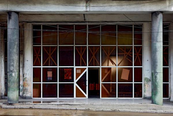 BAF02687_JeffreyMilstein_Havana Centro #4, Ave Sim