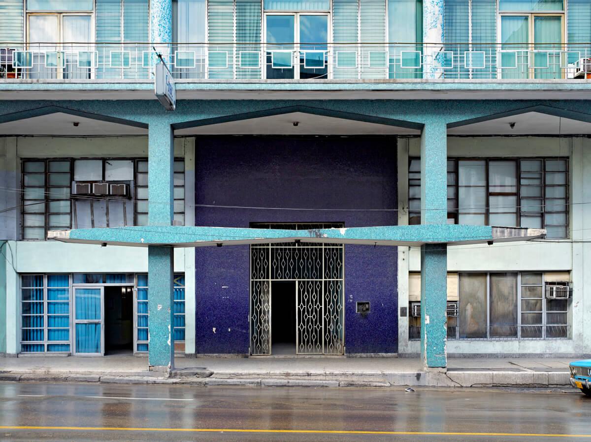BAF02689_JeffreyMilstein_412 Avenida Simon Bolivar